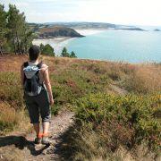Fan de randonnée en Bretagne