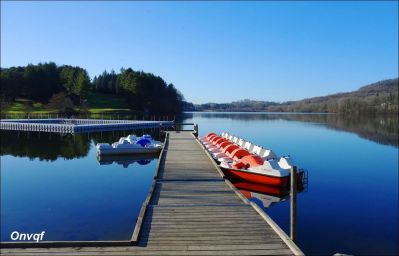Lac de Lourdes 6.JPG