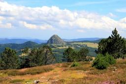 Parc-Naturel-Régional-des-Monts-dArdèche.jpg