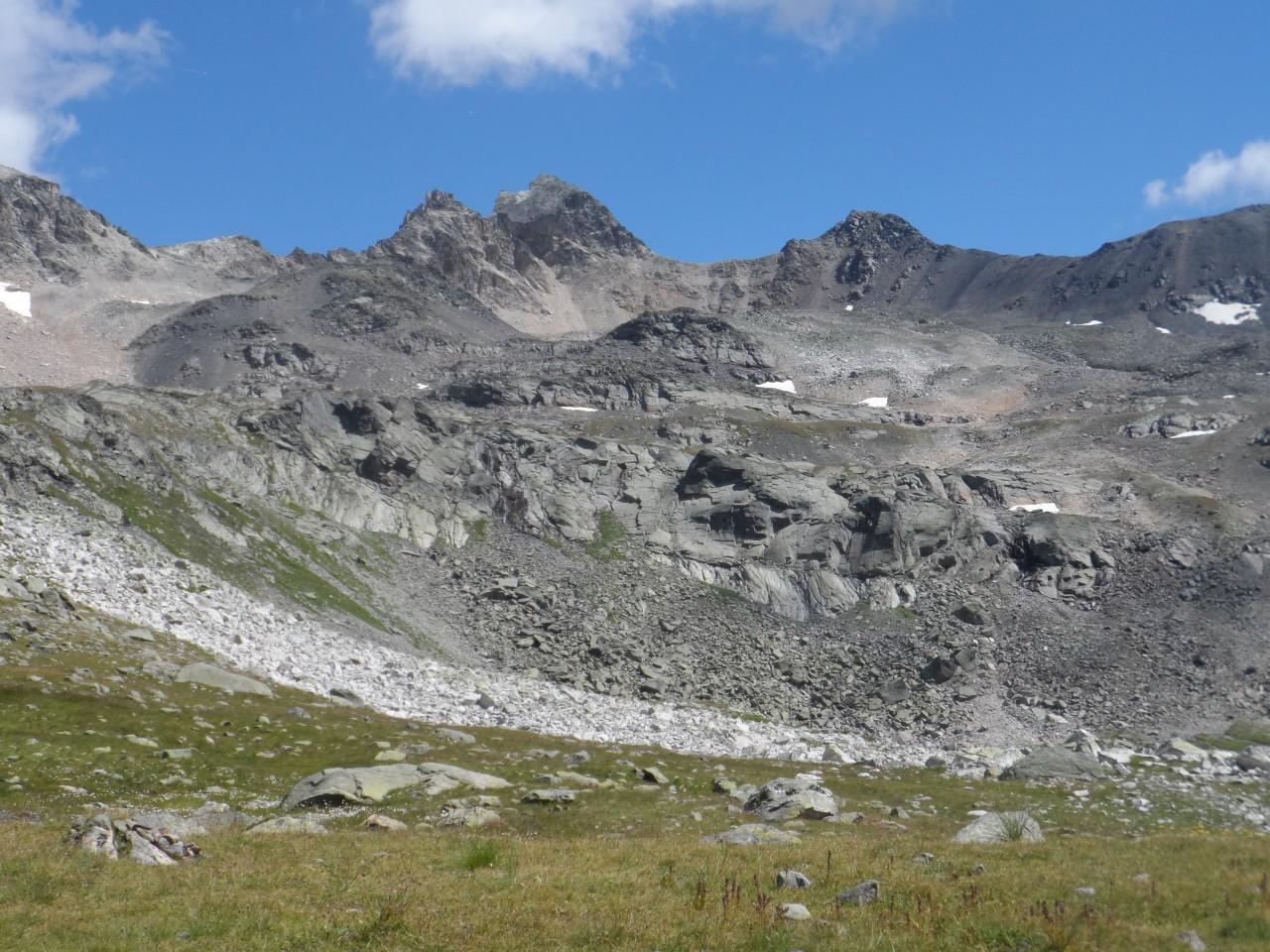 Sans nom 9/02/19 - sentier donant une vue sur le Mont Thabor
