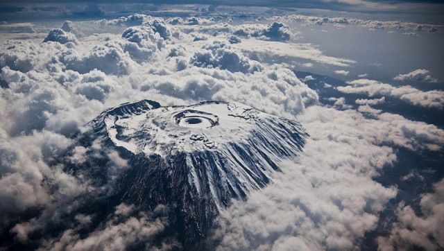 Mont-Kilimandjaro-Kyle-Mijlof-640x362.jpg